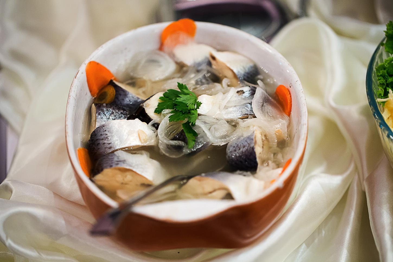fotograf produse alimentare, peste marinat