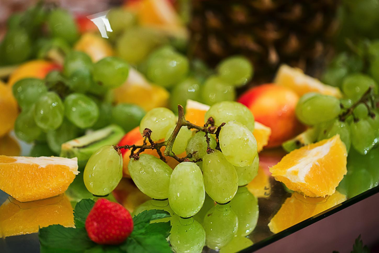 fotograf produse alimentare,fructe, struguri